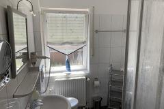 Ferienhaus Nordseemuschel in Norddeich - Badzimmer mit Dusche